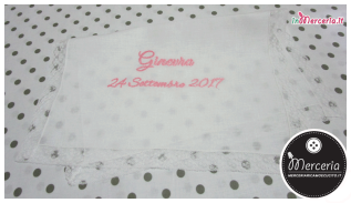 Camicina e asciugamano battesimo in lino con valenciennes per Ginevra
