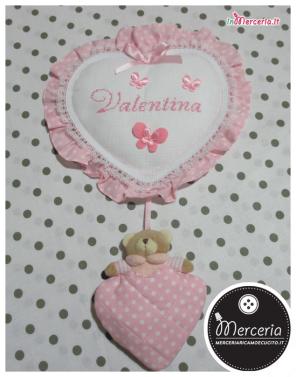 Fiocco nascita cuore pois con orsetto per Valentina