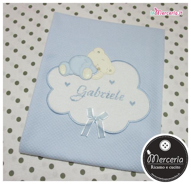 Copertina celeste neonato con orsetto e nuvola per Gabriele
