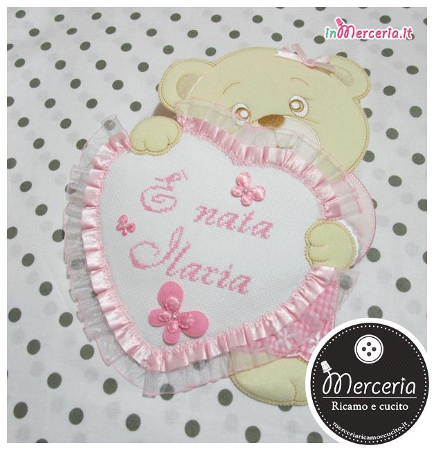 Fiocco nascita orsetto con cuore rosa È nata Ilaria