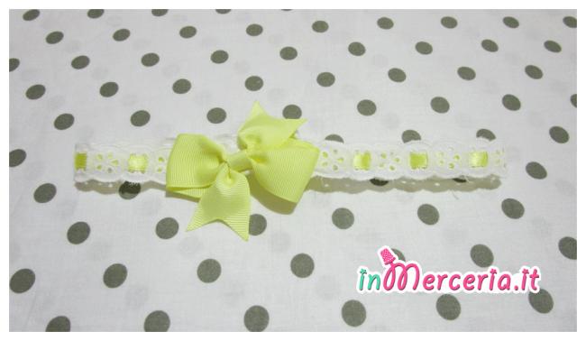 Clip portaciuccio e fascia per capelli in sangallo per neonato