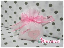 Sacchettini bomboniera portaconfetti rosa con cuore per Vittoria