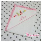 Asciugamano-asilo-ABCD-con-matite-per-Lea