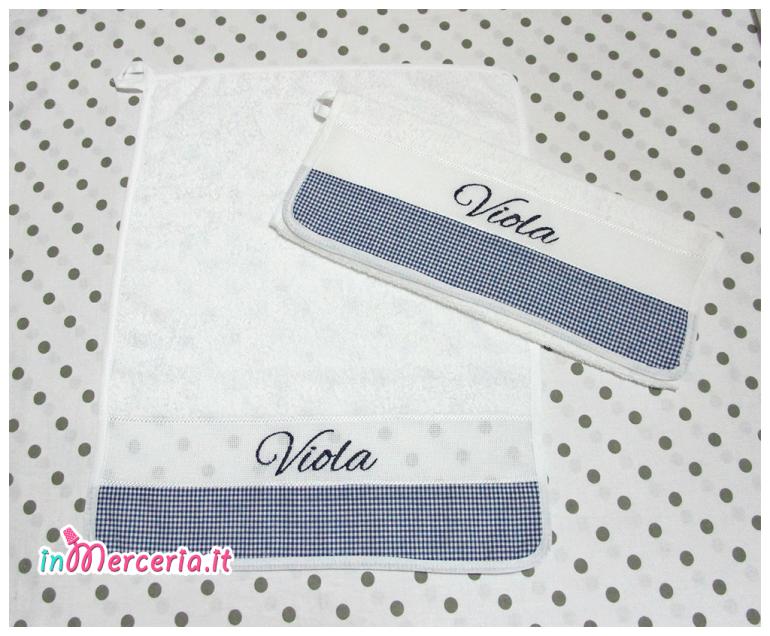 Asciugamani asilo con quadretti per Viola