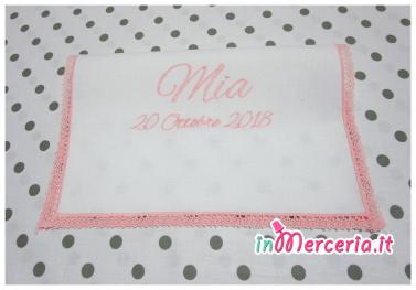 Asciugamano in cotone con merletto rosa per Mia