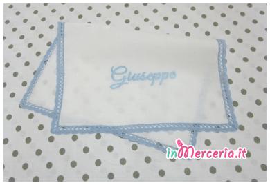 Asciugamano in cotone con merletto celeste per Giuseppe