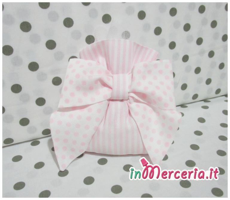 Sacchetti portaconfetti rosa rigato con fiocco