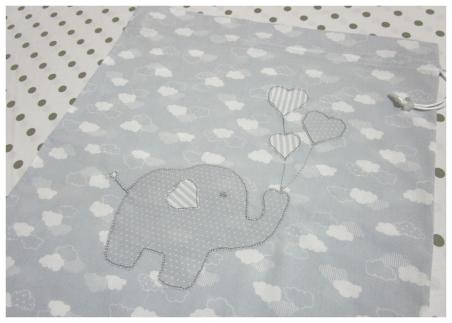 Sacchetto nascita e asilo con elefantino e nuvole
