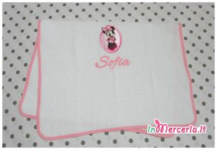 Set asilo Minnie - Asciugamano bavetta e tovaglietta per Sofia