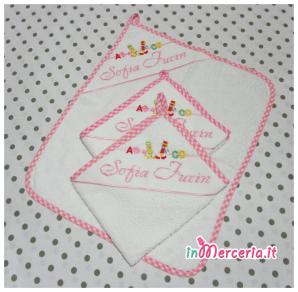 Set lenzuolino con stelle e bavette con asciugamano asilo per Sofia