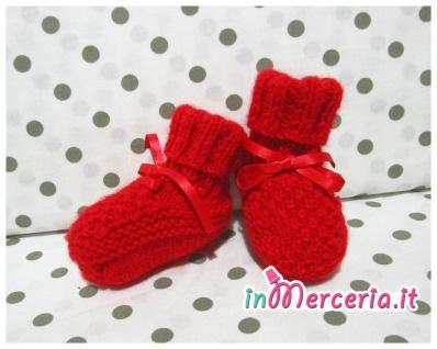 Scarpine neonato rosse in lana ai ferri