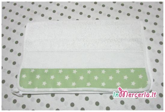 Set asilo con stelle - Sacchetto, asciugamano, bavetta e tovaglietta