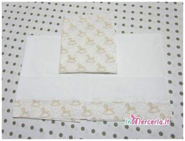 Set lenzuolino neonato con cavallucci a dondolo