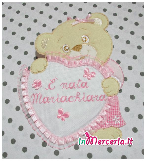 """Fiocco nascita orsetto con cuore rosa """"È nata Mariachiara"""""""