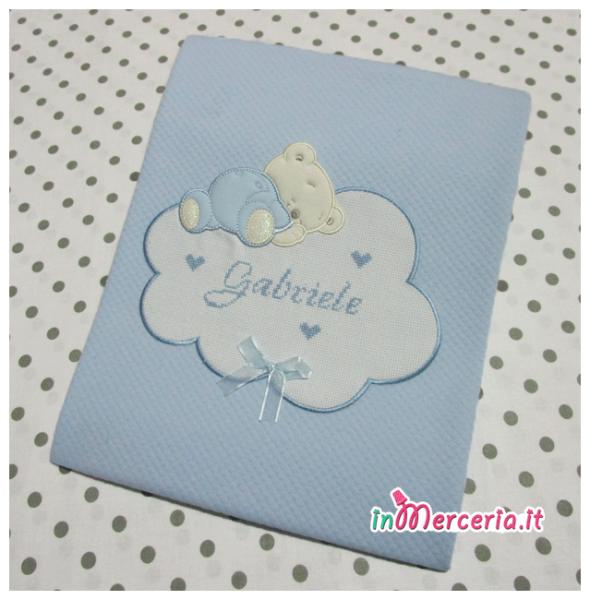 Copertina neonato celeste con orsetto e nuvola per Gabriele