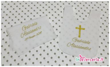 Bavaglino tunica e asciugamano battesimale in lino per Gabriele Alessandro
