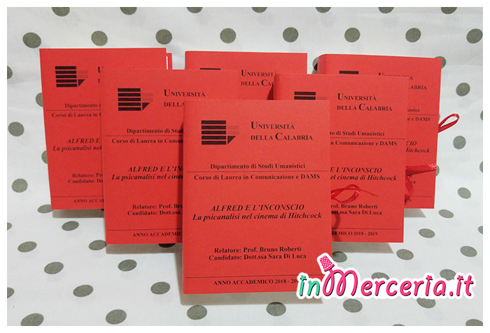 """Bomboniere portaconfetti libro per Laurea in Comunicazione e DAMS della """"Dott.ssa Di Luca"""""""