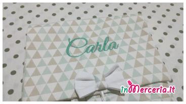 Fasciatoio da viaggio fantasia con triangoli per Carla