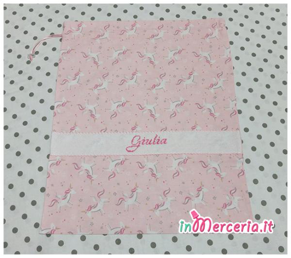 Sacchetto nascita e asilo rosa con unicorni per Giulia