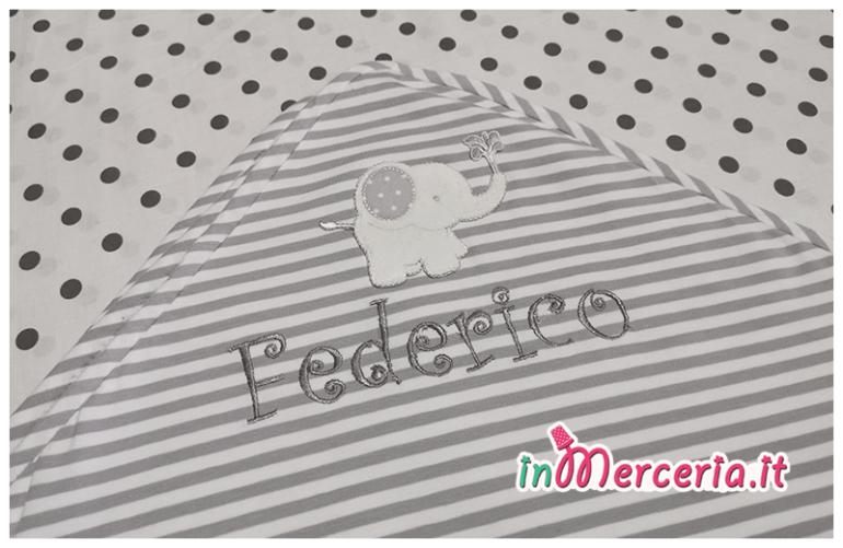 Accappatoio neonato pois e righe con elefante per Federico