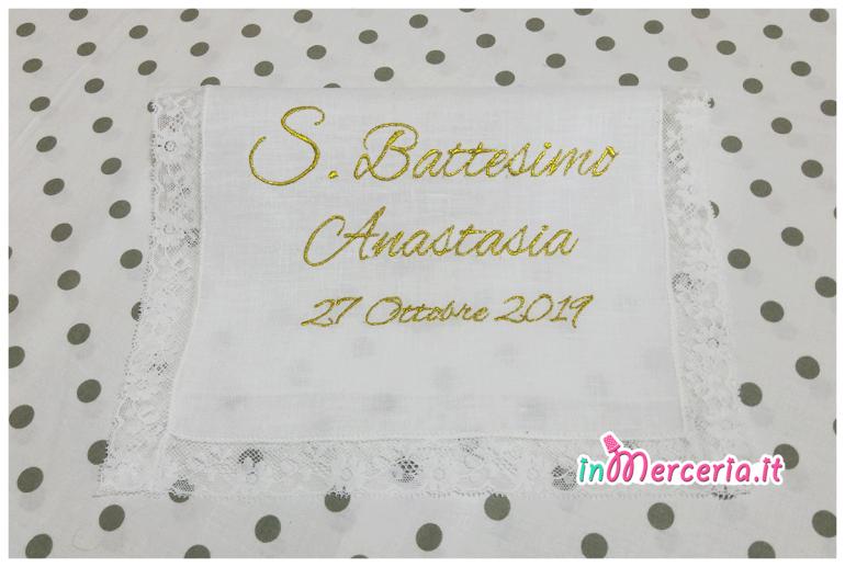 """Asciugamano in lino con valenciennes per il battesimo di """"Anastasia"""""""
