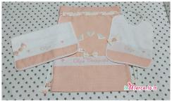 Set nascita e asilo - Copertina, lenzuolino, set asilo, sacchetto, bustine e etichette in aida per Olga