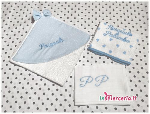 Set nascita neonato - Corredino con beauty, sacchetti nascita e asilo, pochette, bavette, clip portaciuccio, accappatoio, asciugamano, quadrati di garza e bomboniere a forma di nutella per Pasquale